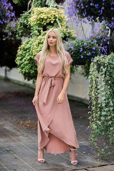 Cambria Dress in Mauve – Livy&Kate Clothing Source by dresses design Mauve Dress, Blush Dresses, Modest Dresses, Modest Outfits, Simple Dresses, Modest Fashion, Casual Dresses, Summer Dresses, Maxi Dresses