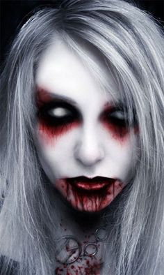 Vampire Halloween Make Up Looks