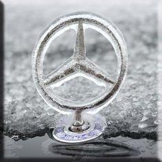 History Of Cars Historia De Coches ↑ Mercedes-Benz 💗 ❤ ️❤️ 💗 F. Mercedes Benz Amg, Mercedes Logo, Porsche, Audi, Carl Benz, Automobile, E63 Amg, Mercedez Benz, Classic Mercedes