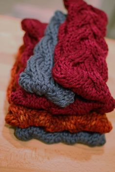 Vanessa Headband By Nancy Ricci - Free Knitted Pattern - (gettingpurlywithit)