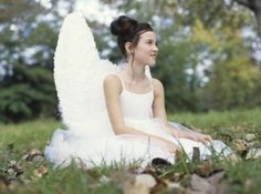 eHow Crafts Sewing & Textile Crafts: Costumes: How to Make Homemade Angel Wings for Costume : -   Wings complete an angel costume.