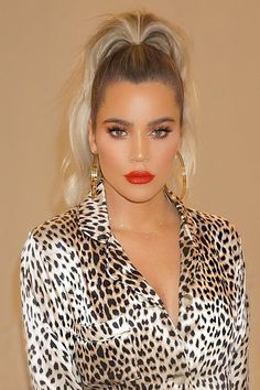These it girl ponytails are a celebrity favorite hairstyle and they are SO easy to create. We love this low pony tail on Khloe Kardashian