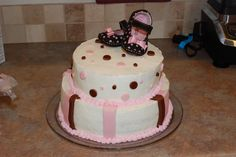 My very first cake. I made it for a friend's baby shower.