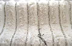 BoutiqueMaroc offers exquisite minimalist Beni Ourain, Boucherouite and chic Azilal Vintage Moroccan rugs to infuse a touch of Glamour and luxury to your space. Overstock Rugs, Moroccan Wedding Blanket, Square Rugs, 8x10 Area Rugs, Mug Rugs, Rugs On Carpet, Handmade Rugs, Vintage Rugs