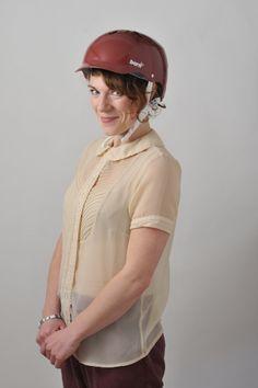 Helmet shoot 2012. Bern Lenox cranberry