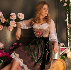 08. Rose - Jacquard Dirndl | S♥