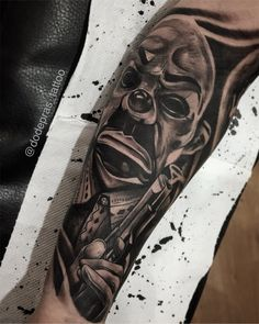 Done today i did for this sleeve but without bicep 😊➡️➡️➡️ Gangster Tattoos, Chicano Tattoos, Leg Tattoos, Body Art Tattoos, Sleeve Tattoos, Tattoos For Guys, Mr Cartoon Tattoo, Tattoo Mafia, Horror Movie Tattoos