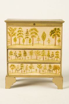 Blanket chest painted by Mary O'Brien.http://www.markmurphyminiatures.com/