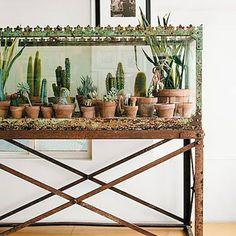 Gorgeous 80 Brilliant Apartment Garden Indoor Decor Ideas https://roomadness.com/2018/01/13/80-brilliant-apartment-garden-indoor-decor-ideas/