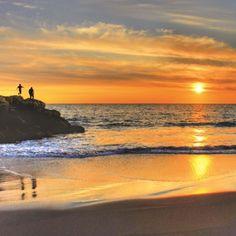 Sunset on Australia's stunning Gold Coast #australia #goldcoast #gapsnap #sunset #surfers #paradise #beach #travel #traveling #travelling #travelphotography #travelgram #instatravel
