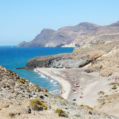 Guía de Cabo de Gata, viajar a Cabo de gata, Turismo en Cabo de Gata, Playas en Cabo de Gata, lugares de Interés en Cabo de Gata, Parque Natural de Cabo de Gata.