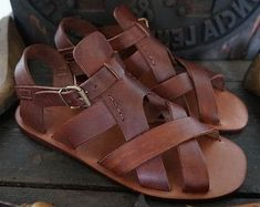 21dacfdaf Men handmade sandals in Vegetable tanned Leather Mario Doni