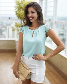 5 Color 2018 Women New Fashion Sexy Chiffon Sleeveless T-shirt Round Neck Tops Loose Blouse Casual Pure Color Ladies Tops Girls Cool Tank Top Plus Size Blouse Styles, Blouse Designs, Top Chic, Chic Outfits, Summer Outfits, Cooler Look, Manequin, Inspiration Mode, Blue Tops