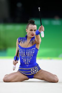 Ganna Rizatdinova Photos - Ganna Rizatdinova of Ukraine competes during the Women's Individual All-Around Rhythmic Gymnastics Final on Day 15 of the Rio 2016 Olympic Games at the Rio Olympic Arena on August 20, 2016 in Rio de Janeiro, Brazil. - Gymnastics - Rhythmic - Olympics: Day 15
