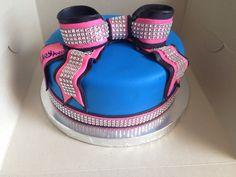 Bling bow cake!