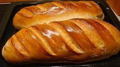 Az íze össze sem hasonlítható a boltban vásárolt kenyérével. Hungarian Recipes, Russian Recipes, Easy Cooking, Cooking Recipes, Romanian Food, Most Delicious Recipe, Bread Bun, Food Shows, Bread Baking
