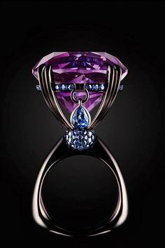 Amazing ring from Vlad Glynin