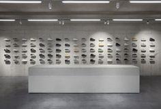 ETQ Amsterdam steht für Sneaker-Understatement aus der niederländischen Hauptstadt. Und für einen Multibrandstore des Labels. Damit Mann in der Mode überlebt.