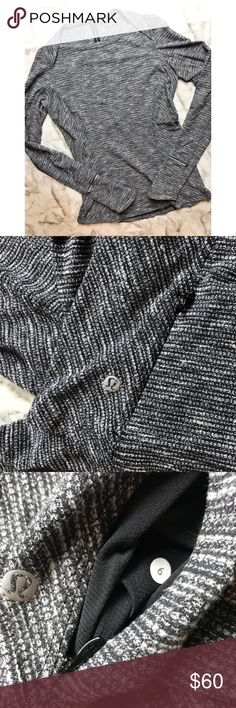 Lululemon • Grey Pullover Lululemon • Grey Pullover Marled Grey color Boat neck Size 6 NWOT Great for yoga, running, any workout! lululemon athletica Tops Sweatshirts & Hoodies