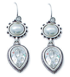 Miglio Jewelry USA - Cascading teardrops of crystal Designer Jewellery, Jewelry Design, Luxury Jewelry, Drop Earrings, Pearls, My Favorite Things, Crystals, Usa, Beads