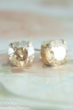 champagne crystal earrings | huge range of colors available - only $15! www.endorajewellery.etsy.com