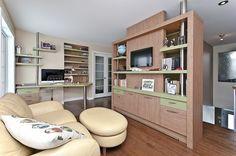 Bureau de travail sur mesure avec éléments diviseurs coordonnés à la table de travail Architecture, Decoration, Corner Desk, Bookcase, Shelves, Table, Furniture, Home Decor, Bespoke Furniture