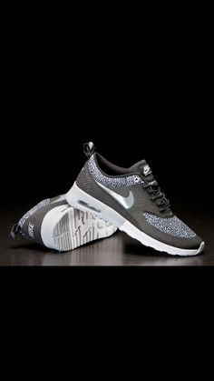 Airmax Thea Airmax Thea, Air Max Sneakers, Sneakers Nike, Nike Air Max, Looks Great, Sportswear, Workout, Accessories, Clothes