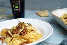 Fettuccine Carbonara con salsiccia e carciofi | Cooking Italy