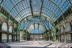 Architecture métallique au XIXème siècle. Nef du Grand Palais, Exposition Universelle de 1900 à Paris.