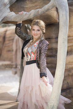 Posh Poses | Solo | Senior Girl | High Fashion | Showing Off Those Close | Outdoors | Soft Smile #luxeinlasvegas #eyecandy