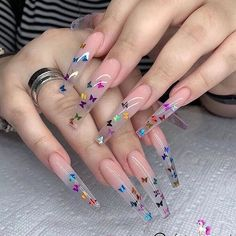 In seek out some nail designs and ideas for your nails? Here's our listing of must-try coffin acrylic nails for fashionable women. Classy Acrylic Nails, Edgy Nails, Aycrlic Nails, Summer Acrylic Nails, Best Acrylic Nails, Acrylic Nail Designs, Coffin Nails, Glitter Nails, Summer Nails