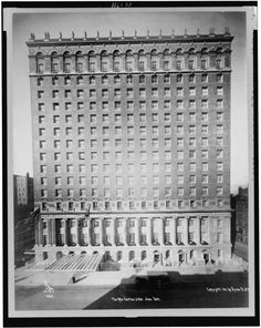 Another Warren and Wetmore design, the Ritz-Carlton hotel opened in 1917 at Madison Avenue and 46th Street and was considered to be among the finest stays in the city. The hotel was demolished in 1963 to make way for an office tower.