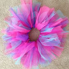 My version of extra poofy tutu :) for the birthday girl!  FOUND HERE:  http://www.theribbonretreat.com/blog/how-to-make-a-tutu.html