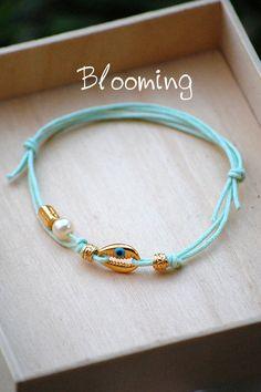 Μαρτυρικα βαπτισης βραχιολια - Blooming Beaded Bracelets, Jewelry, Fashion, Moda, Jewlery, Jewerly, Fashion Styles, Pearl Bracelets, Schmuck