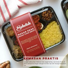 Album SEKOTAK Premium Meals - Nasi Kotak Lezat dan Praktis dari SEKOTAK Catering | Sejasa.com Food Box Packaging, Food Packaging Design, Food Menu Design, Food Branding, Food Concept, Catering Food, Food Humor, Food Presentation, Food Preparation