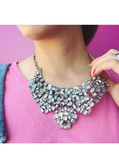 Bold Silver Toned Statement Necklace 24,90 € #happinessbtq