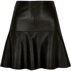 Black leather-look flippy skirt