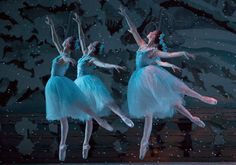 Waltz of the Snowflakes, Pacific Northwest Ballet
