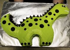 How to make a Dino Cake. Um, yes please!