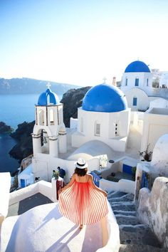 A Guide to Santorini - Fira & Oia | THE TIA FOX