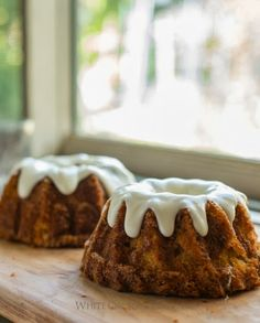 Sigrid's Carrot Cake with Cream Cheese Frosting from The Pioneer Woman - this looks like a GREAT balance of frosting and cake! Usually there is SO much frosting you can't taste the flavors in the cake. I'm going to have to try this.