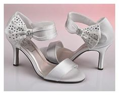 Browse through Olivelli's product catalogue for Bridal Gowns, Bridesmaid Dresses, Bridal Accessories and Evening Gowns. Bridal Shoes, Wedding Shoes, Bridal Gowns, Evening Dresses For Weddings, Evening Gowns, Wedding Dresses, Boutique Dresses, Shoe Collection, Summer Shoes