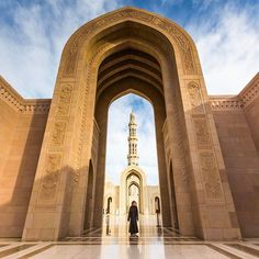 One more from my morning at the Grand Mosque in Muscat. Did I mention it's extremely impressive? :-) ... #afarambassador #ngexpeditions #gnomads #visitoman