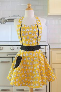 Retro Apron Vintage Style Sweetheart Neckline Yellow by Boojiboo