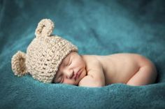 Newborn Baby Photos: Getting Ready for Baby's First Photo Shoot