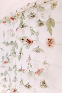 19 Romantic Ideas for Your Garden Bridal Shower Throw a flower-focused event in honor of the bride-to-be. Bridal Shower Backdrop, Bridal Shower Tables, Bridal Shower Photos, Elegant Bridal Shower, Bridal Shower Centerpieces, Bridal Shower Invitations, Bridal Decorations, Garden Party Decorations, Event Invitations