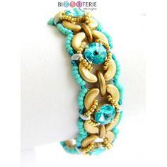 Sinful Bliss bracelet - id. Handmade Beaded Jewelry, Beaded Jewelry Patterns, Beading Patterns, Art Patterns, Beaded Braclets, Dragon Bracelet, Bracelet Tutorial, Beads And Wire, Beading Tutorials