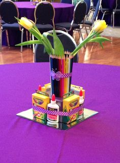 Art themed centerpiece