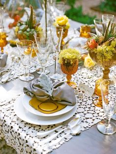 lace table runners. This is elegant and beautiful love the way they are run across from guest to guest  not length way