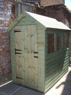 Small garden shed with stable door made by west lancs sheds.